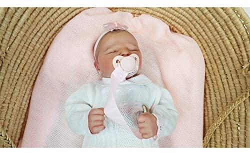 bebe reborn durmiendo hiperrealista